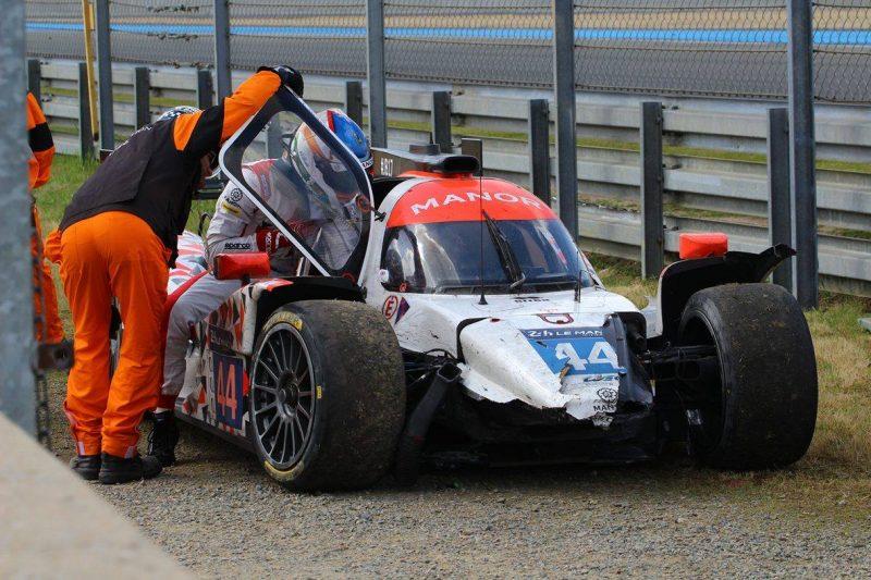 Beim Le Mans Debüt schaffte es die britische Manor-Mannschaft nicht, 24 Stunden zu bestehen. Für die #44 war das Rennen kurz vor Schluss zu Ende.