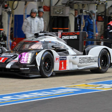 Porsche schlägt im zweiten Freien Training zurück