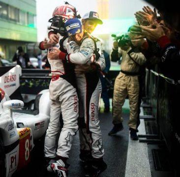 Doppelsieg für Toyota beim regengetränkten Heimrennen