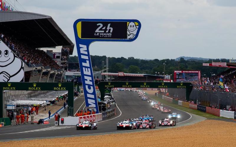 Der Start der 24 Stunden von Le Mans