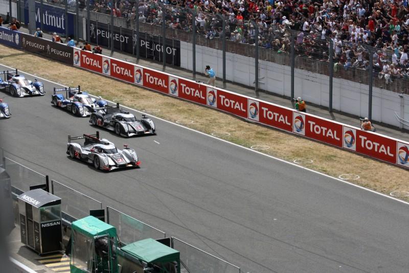 Das Starterfeld der 24 Stunden von Le Mans 2011