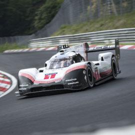 Der Porsche 919 Hybrid Evo ist neuer Rekordhalter auf der Nürburgring Nordschleife