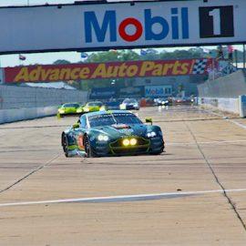 Der Aston Martin #98 bei den 1000 Meilen von Sebring
