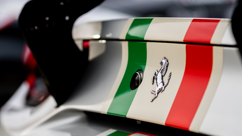 Ferrari steht beim Monza FP1 an der Spitze