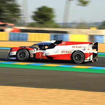 Toyota bei Qualifying an der Spitze